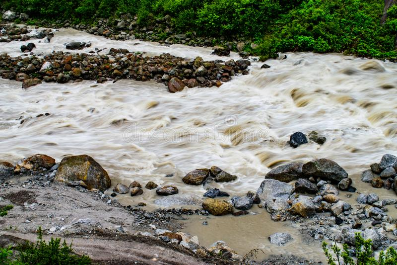 山谷的Teesta河 免版税库存图片
