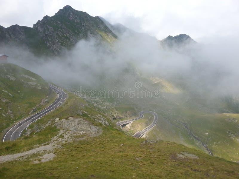 山路transfagarasan的罗马尼亚 库存图片