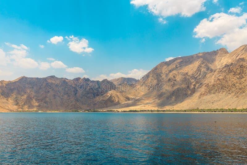 山,印度洋 免版税图库摄影