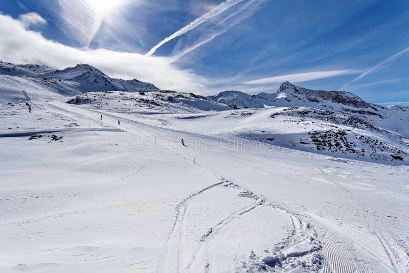 山滑雪-意大利,瓦尔d `奥斯塔, Cervinia 库存照片