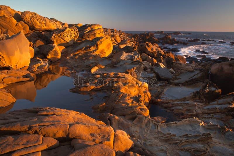岩石和海洋 库存照片