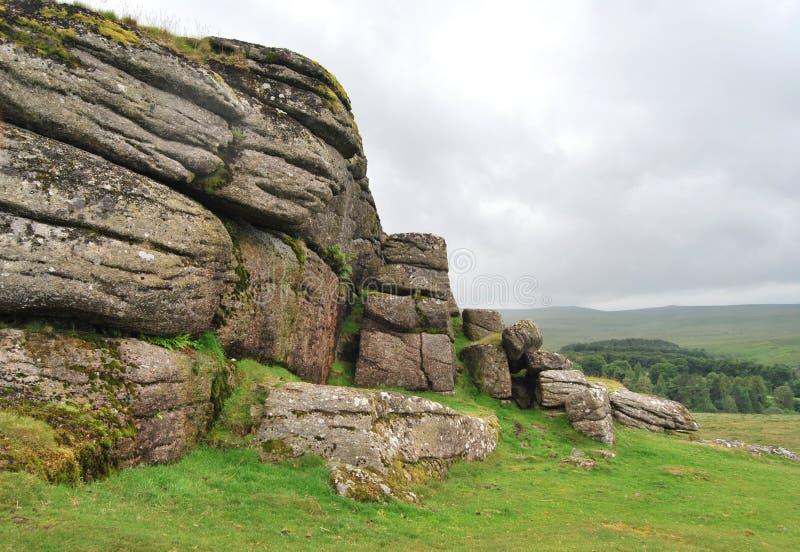 岩石在Dartmoor国家公园 免版税库存图片
