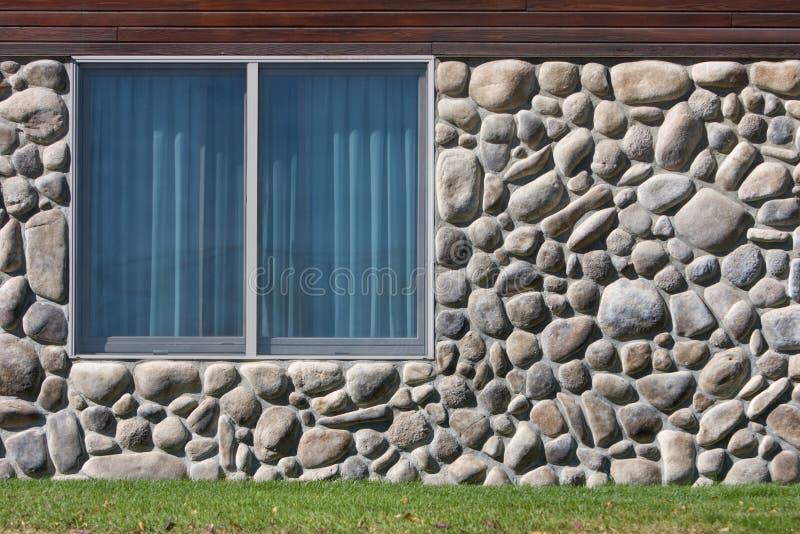 岩石墙壁视窗 免版税库存图片