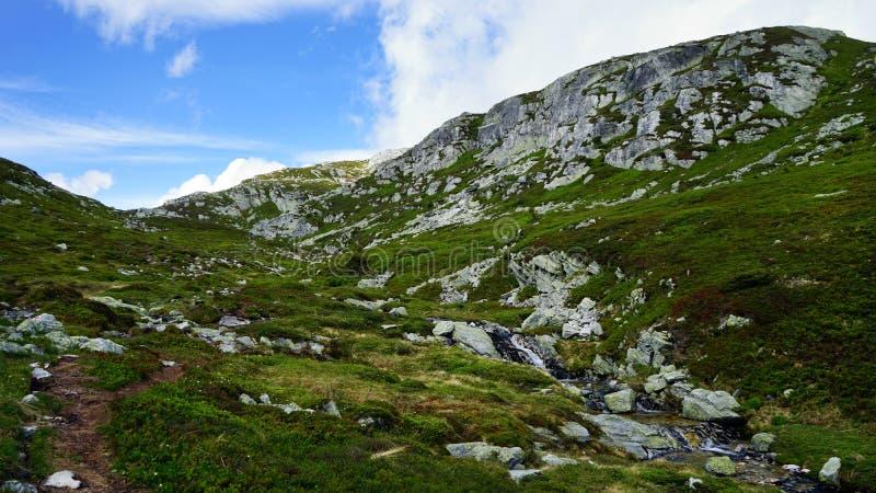 岩石形成当山风景 库存图片