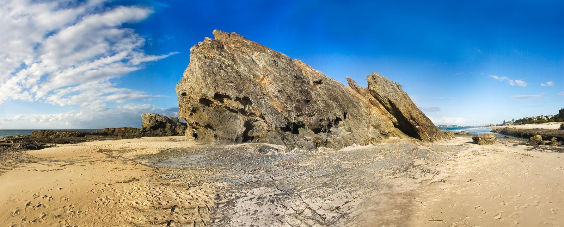 岩石沙子scape海运 免版税图库摄影