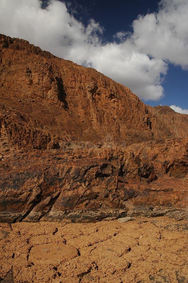 岩石的山峰 免版税库存图片