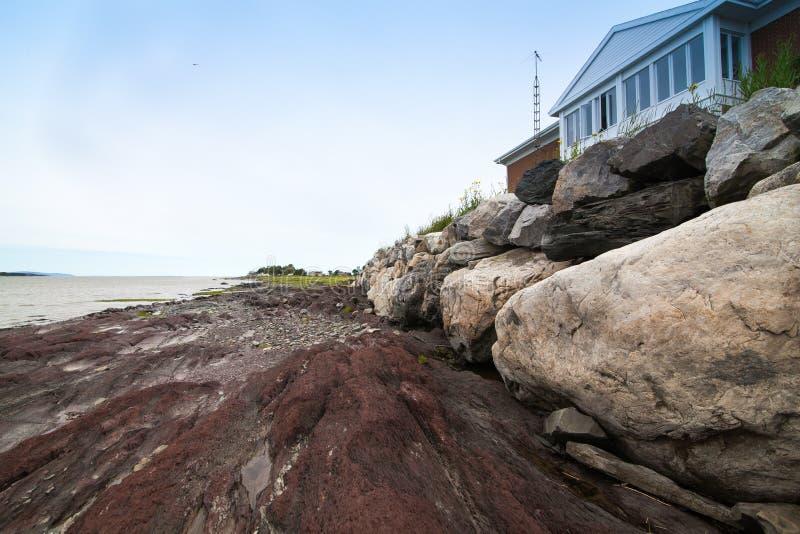 岩石的房子 免版税库存图片