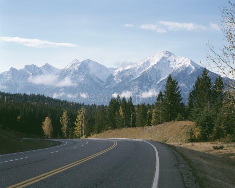 岩石秋天英国加拿大哥伦比亚的山 库存照片