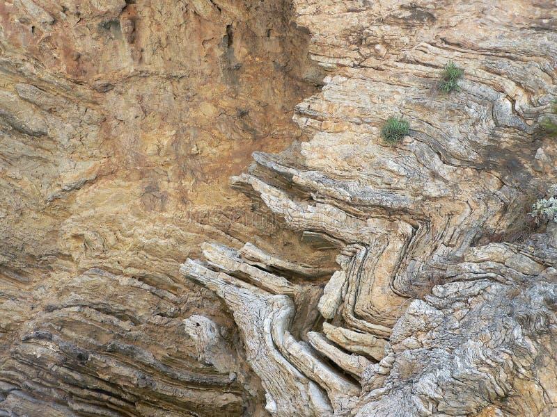 岩石纹理详细的看法与可看见的层数的 免版税库存照片