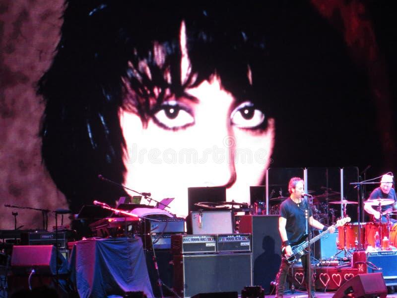 岩石N卷的妇女:霍安Jett & Blackhearts音乐会 库存图片