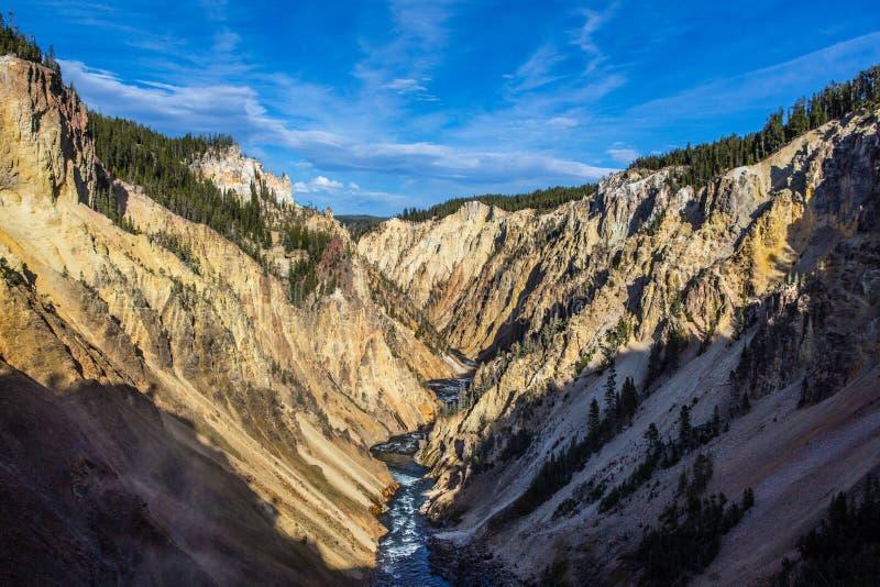 峡谷全部黄石 图库摄影