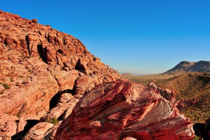 峡谷内华达红色岩石 库存图片