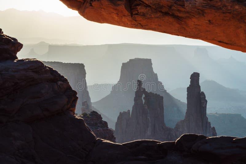 峡谷地国家公园风景视图,Mesa曲拱,犹他,美国 图库摄影