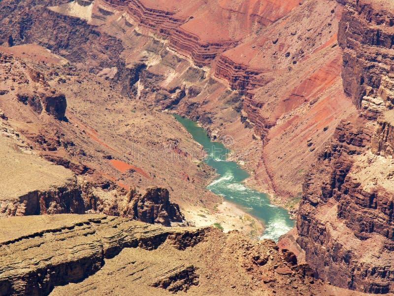 峡谷接近的科罗拉多全部河视图 库存图片