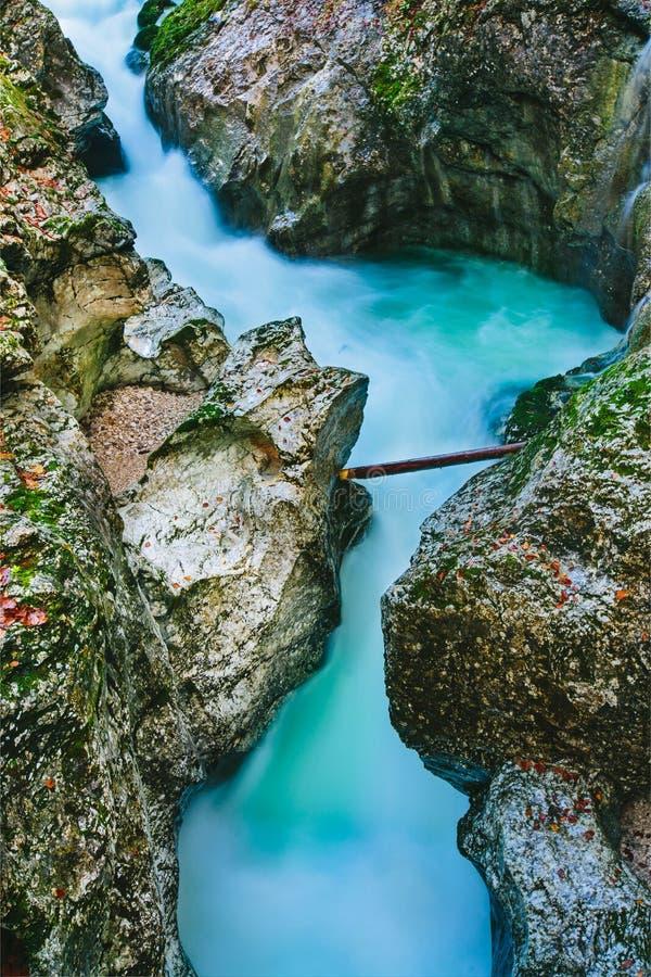 峡谷Mostnica的意想不到的看法 免版税库存照片