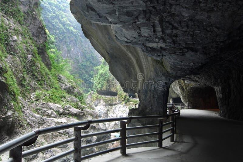 峡谷nineturns taroko隧道 库存照片