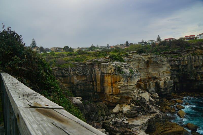 峭壁和海金刚石海湾的在悉尼 免版税库存图片