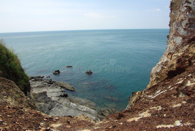 海�:#k�.&_从峭壁的海视图在酸值朗塔, krabi,泰国海岛上的国家公园
