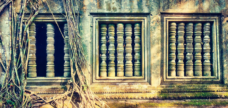 崩山大仑Mealea或桶盖Mealea寺庙 angkor banteay柬埔寨湖lotuses收割siem srey寺庙 柬埔寨 免版税图库摄影