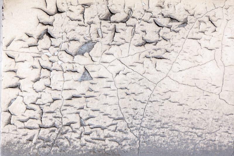 崩裂和剥混凝土墙油漆  库存图片