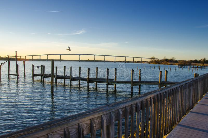 州长托马斯约翰逊桥梁 免版税库存图片
