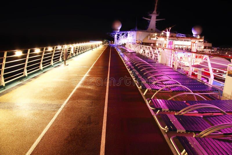 巡航甲板晚上船 免版税库存照片