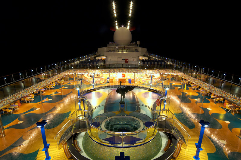 巡航甲板晚上 图库摄影