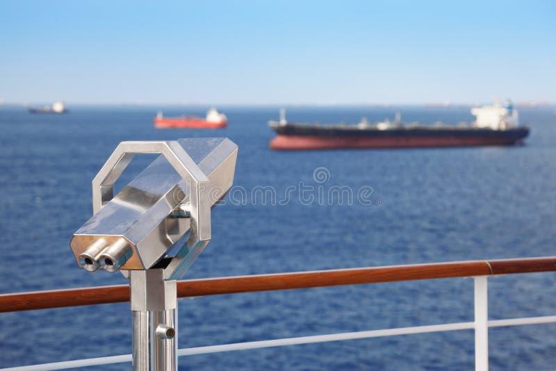 巡航甲板船望远镜 免版税库存照片