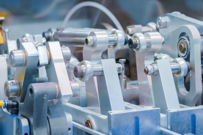 工业汽车机械工具设备的运动机件 免版税库存照片