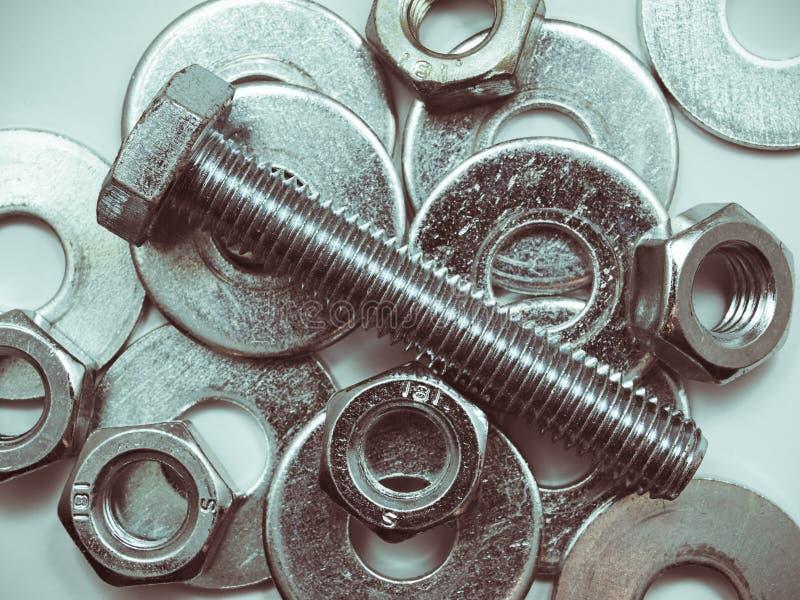 工业用强钢螺栓、垫圈、锌堆铬组 免版税库存图片