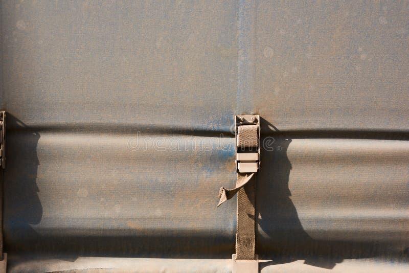 工业用货车帐篷关闭紧固  免版税图库摄影