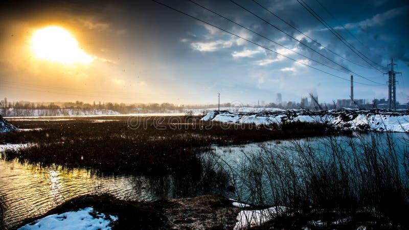 工业看法在冬天 免版税库存照片