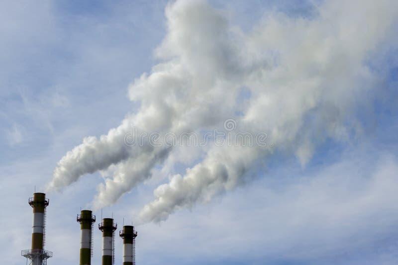 工业管子,环境污染,环境问题 毒性放射 免版税库存图片