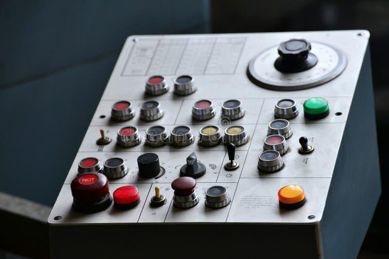 工业遥控用不同的按钮的机械 免版税库存照片