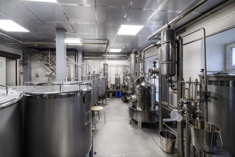 工业食物设备,酒精工业蒸馏器  库存图片