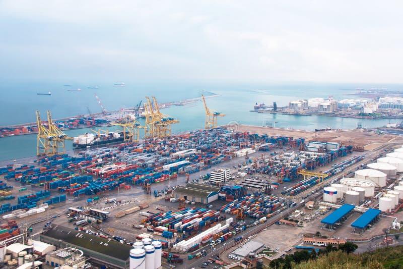 工业巴塞罗那口岸全景(空中)看法  库存图片