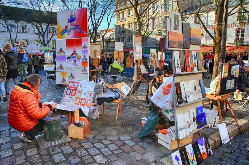 工作在巴黎的漂泊画家在蒙马特区 免版税库存照片
