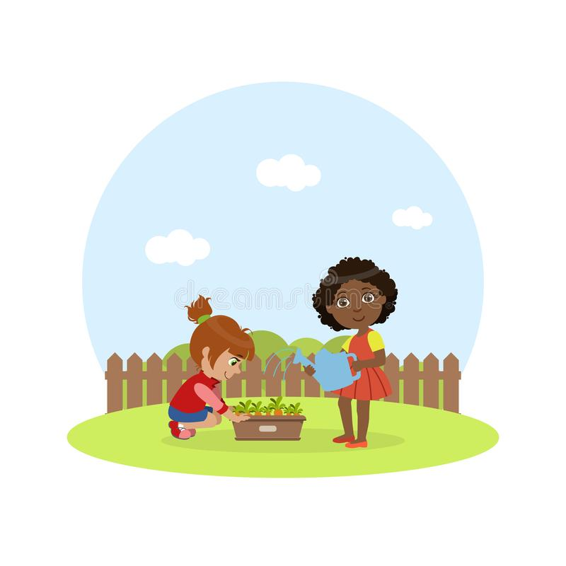 工作在庭院,有喷壶浇灌的红萝卜传染媒介例证的女孩里的逗人喜爱的孩子 库存例证