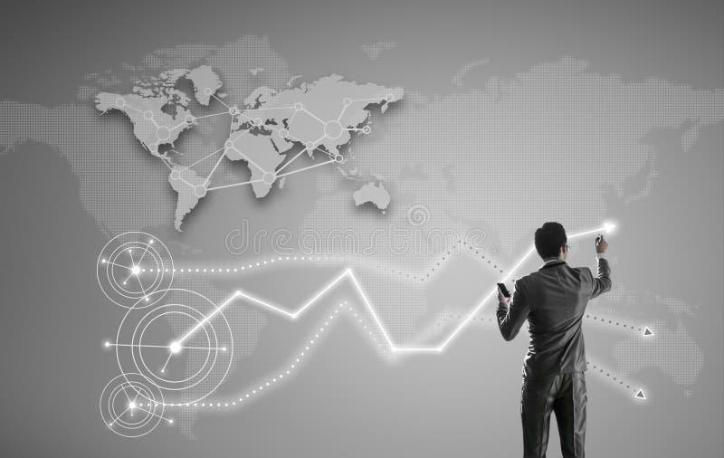 工作在数字式虚屏,全球化3月上的商人 免版税库存照片
