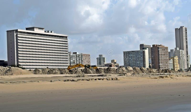 工作海滩前 库存图片