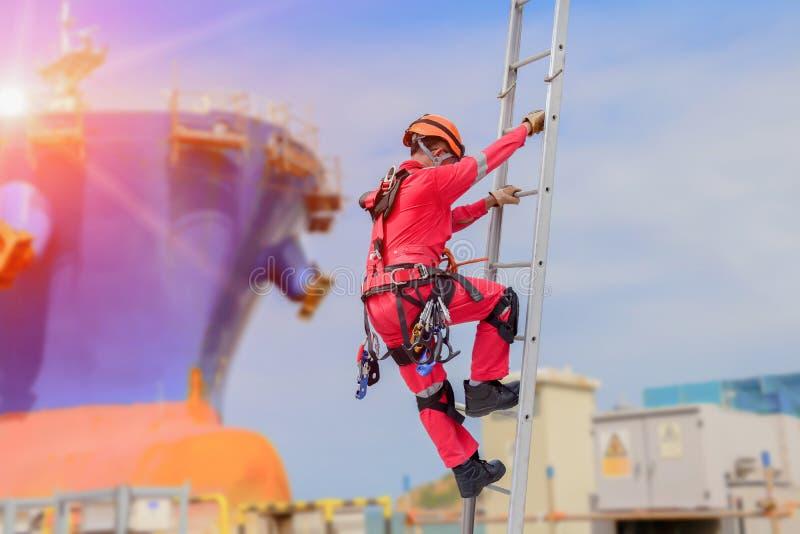 工作者安全人在浮船坞 免版税库存图片