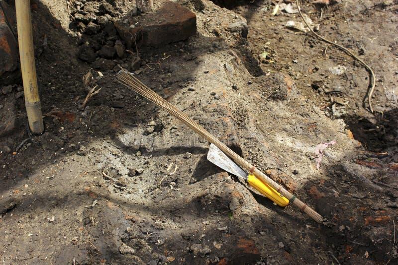 工具在考古学站点 库存照片