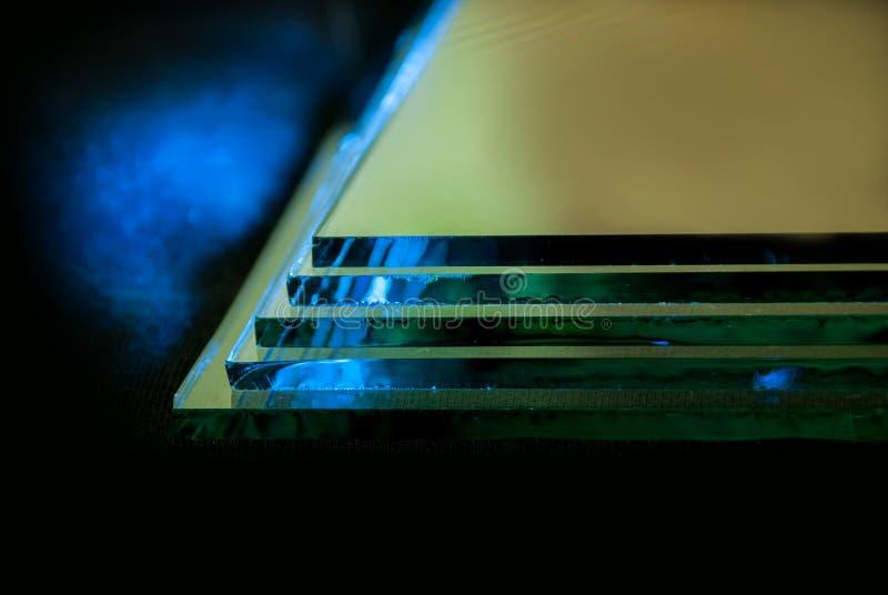 工厂制造的缓和清楚的浮法玻璃盘区板料按尺寸裁剪的 库存图片