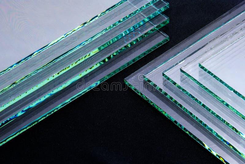 工厂制造的缓和清楚的浮法玻璃盘区板料按尺寸裁剪的 免版税图库摄影