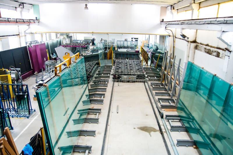 工厂玻璃窗 免版税库存图片