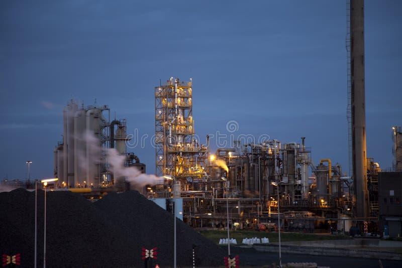 工厂重工业晚上钢 免版税图库摄影