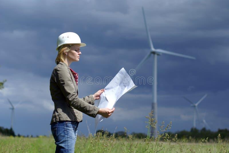 工程师安全帽安全性白人妇女 免版税库存照片