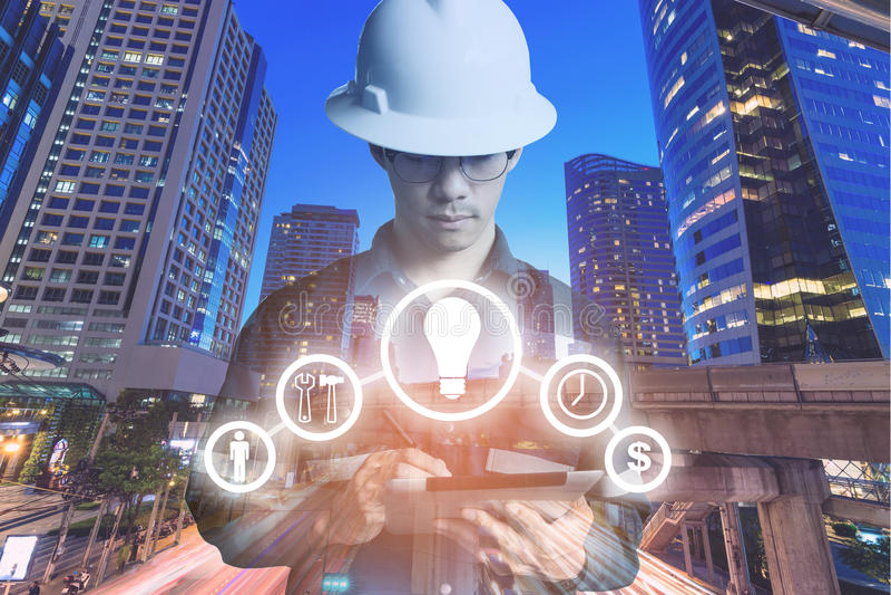 工程师或技术员人两次曝光有企业indu的 免版税库存图片