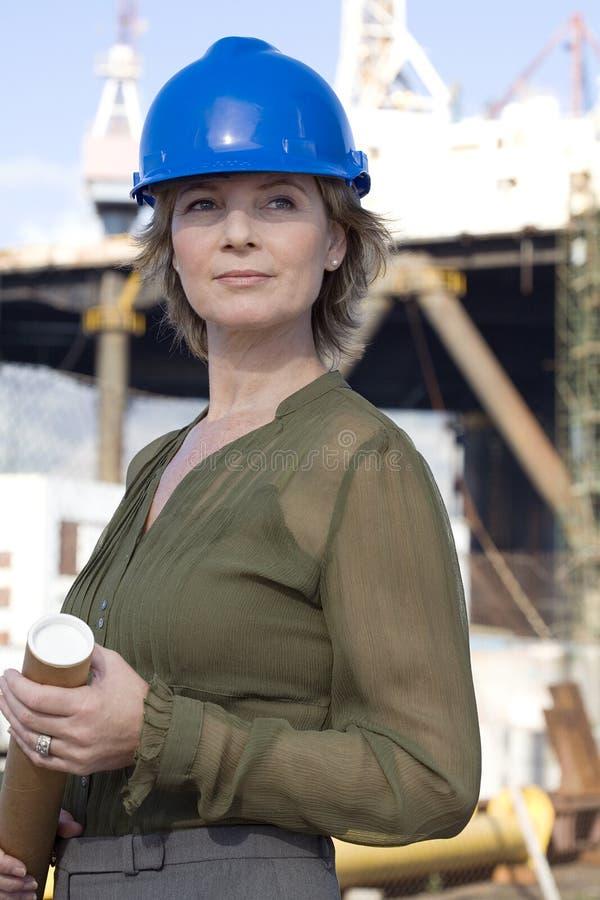 工程师石油平台妇女 免版税库存照片