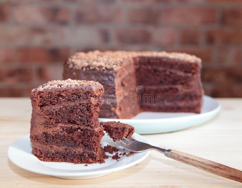 巧克力与巧克力buttercream的松糕 免版税库存图片